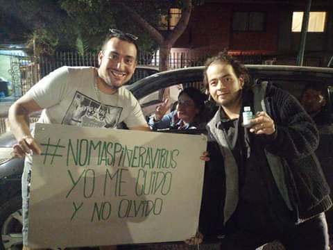 Samuel Bahamondes: El joven rancagüino que regala alcohol gel, mascarillas y guantes de látex